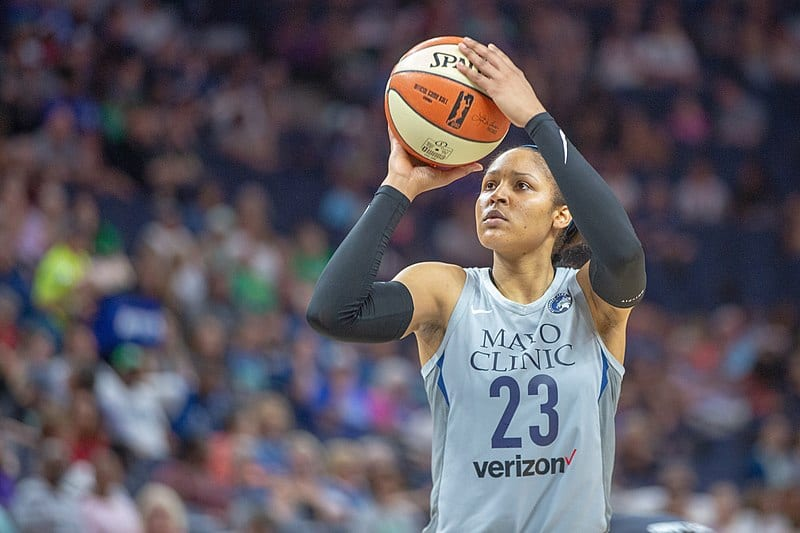 Maya Moore (23) takes a shot in the Minnesota Lynx vs Atlanta Dream game