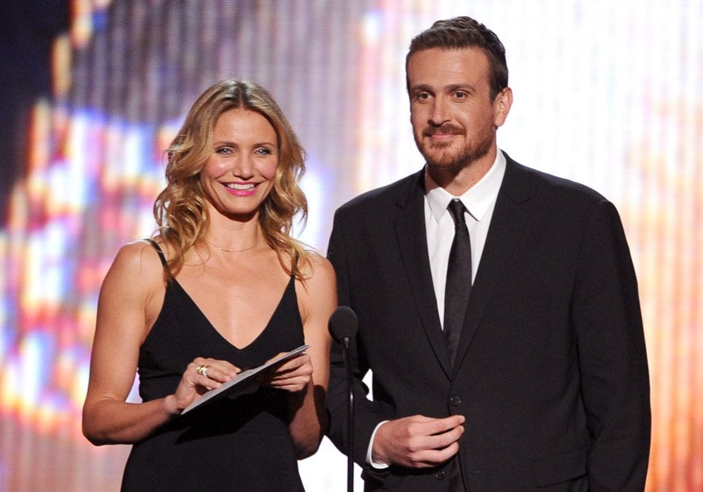 Actors Cameron Diaz (L) and Jason Segel speak onstage during the 2014 ESPYS at Nokia Theatre L.A. Live on July 16, 2014 in Los Angeles, California. (Photo by Kevin Winter/Getty Images)