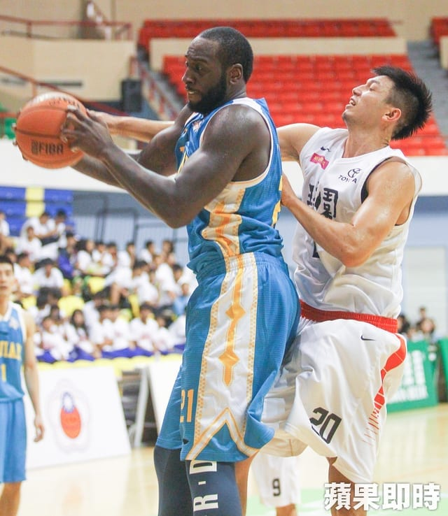 JJ Hickson Chinese Basketball Association