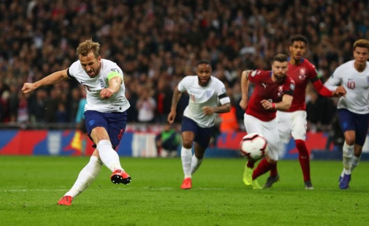 LONDON, ENGLAND - MARCH 22: Harry Kane of England scores his team's second goal from a penalty during the 2020 UEFA European Championships Group A qualifying match between England and Czech Republic at Wembley Stadium on March 22, 2019 in London, United Kingdom. (Photo by Catherine Ivill/Getty Images)