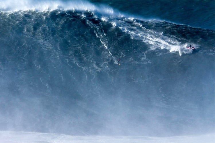 Biggest wave ever surfed