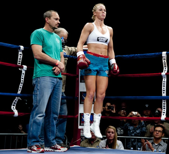Holly Holm boxing