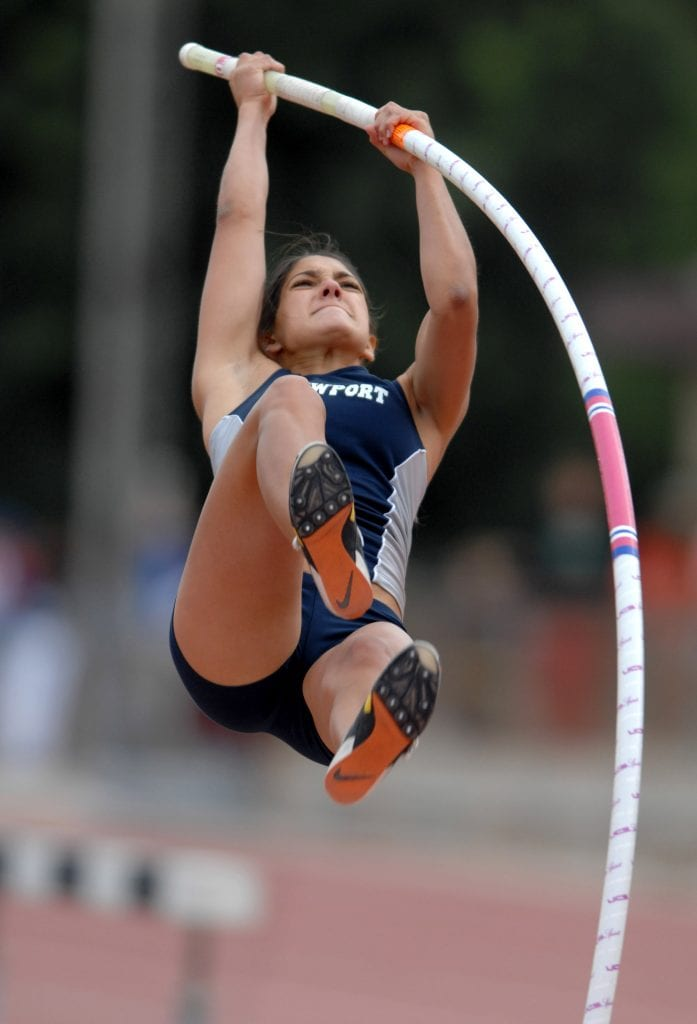 Allison Stokke breaks pole vault records almost immediately