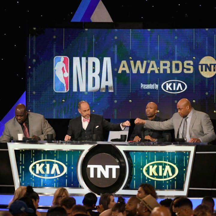 Shaquille O'Neal, Ernie Johnson, Kenny Smith, and Charles Barkley