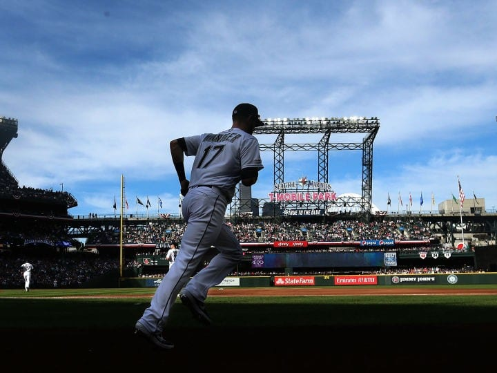 Mitch Haniger of the Seattle Mariners takes the field