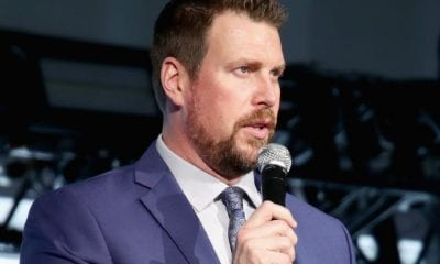 Ryan Leaf speaks onstage