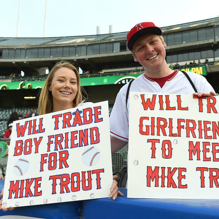 Funny MLB sign