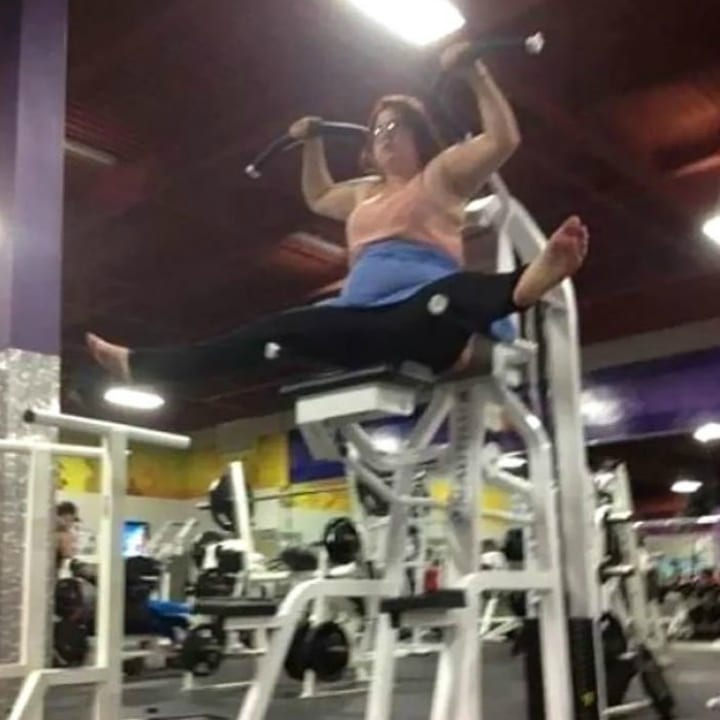 Funny gym girl