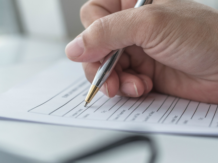 writing in a questionnaire